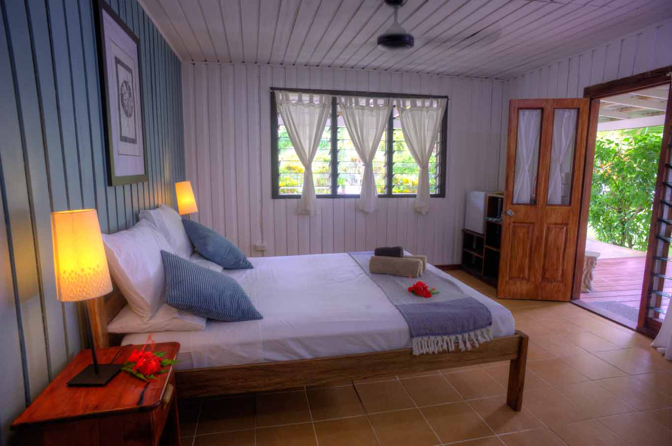 Sea view budget double room at Turtle Bay Lodge