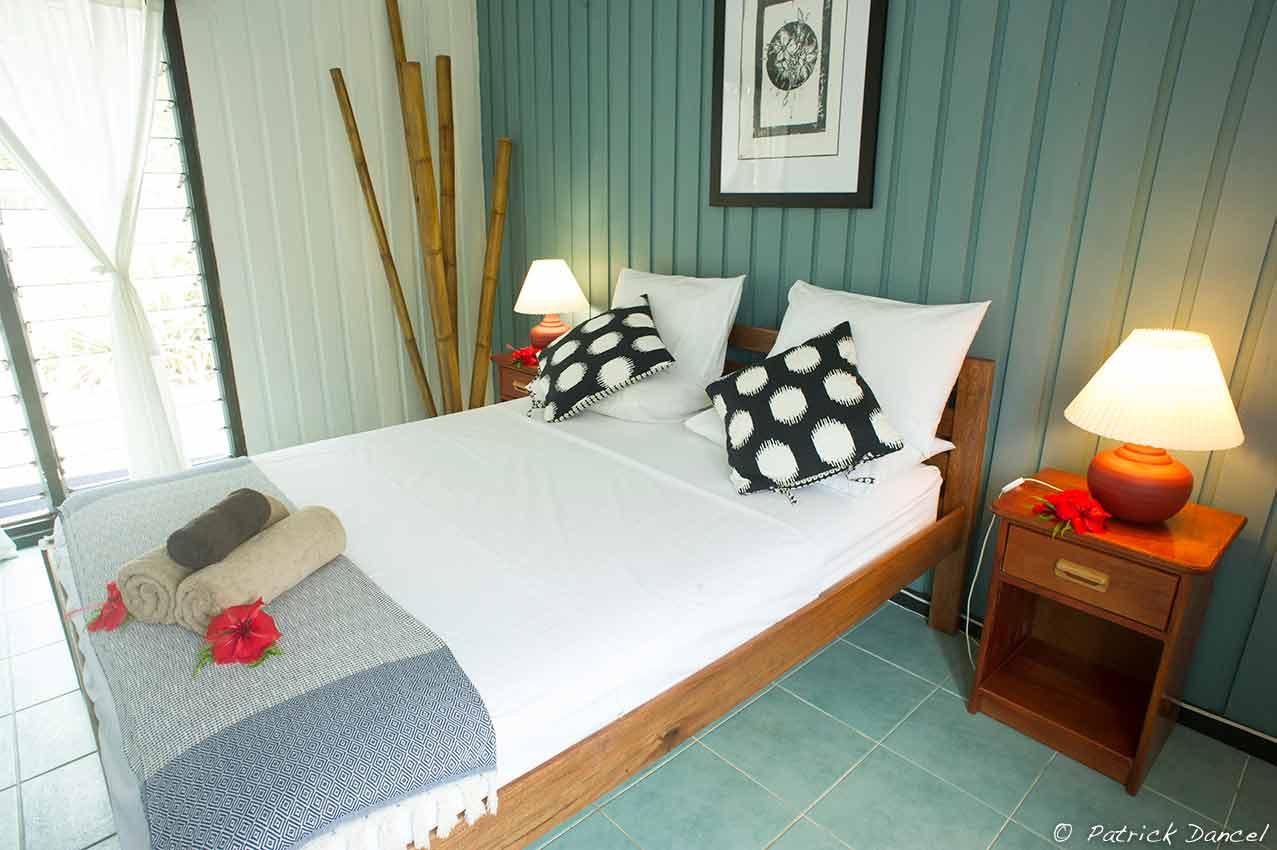 family-room-main-bedroom