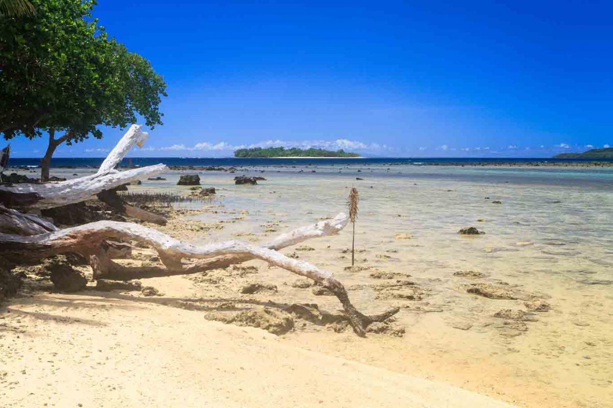 waterfront hotel Espiritu Santo Vanuatu